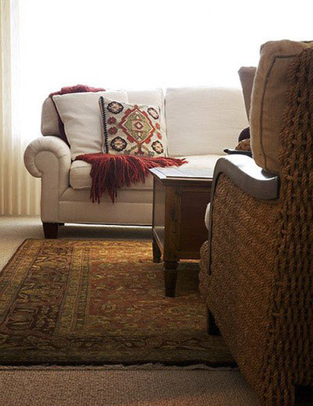از میزهای صندوقه ای به عنوان میز جلو مبلیتان استفاده نمایید